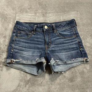 American Eagle Super Stretch Shortie Jean Shorts!
